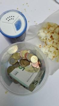 Geld für Popcorn